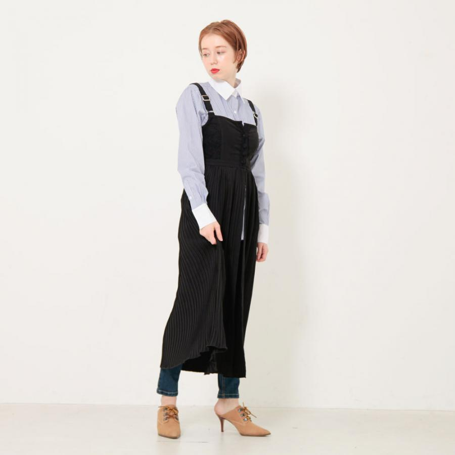 button pleats gilet